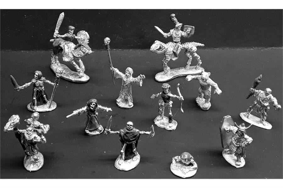 Decian Characters (12 figures)
