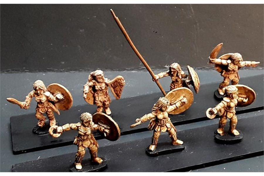 Amazonian Warriors with Chakrams (35 figures)