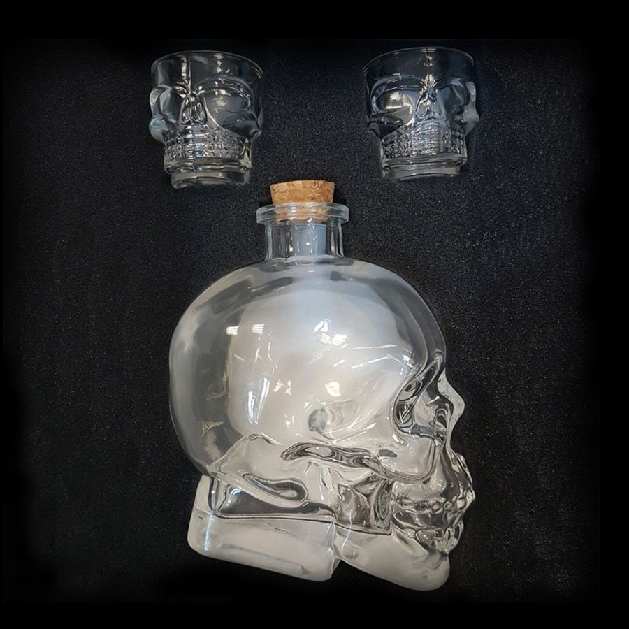 Glass skull decanter and glasses