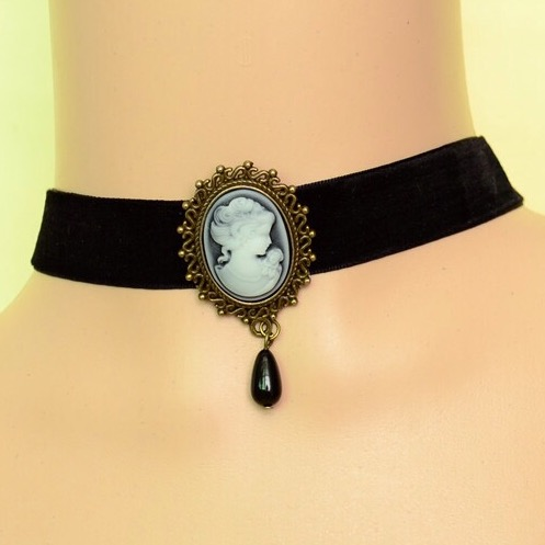 Velvet choker with cameo