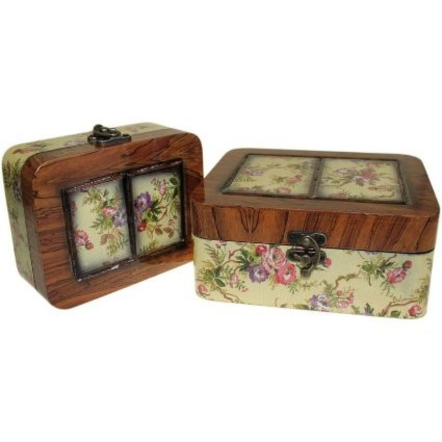 Pair of découpage and lacquer keepsake boxes