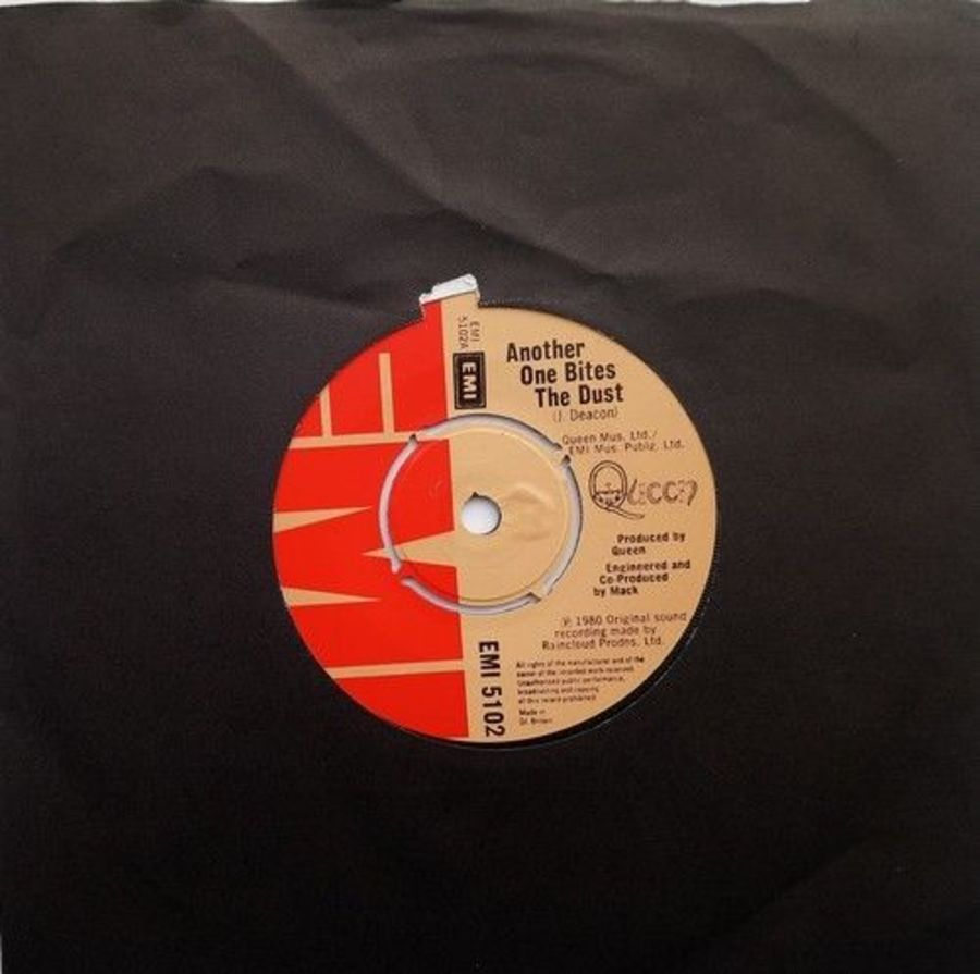 Queen - Another One Bites The Dust - Vinyl Record 7
