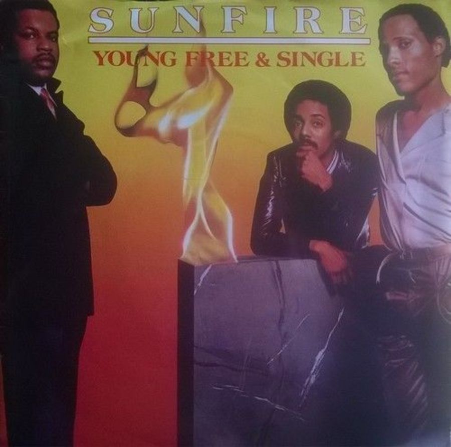Sunfire - Young Free And Single - Vinyl Record 7