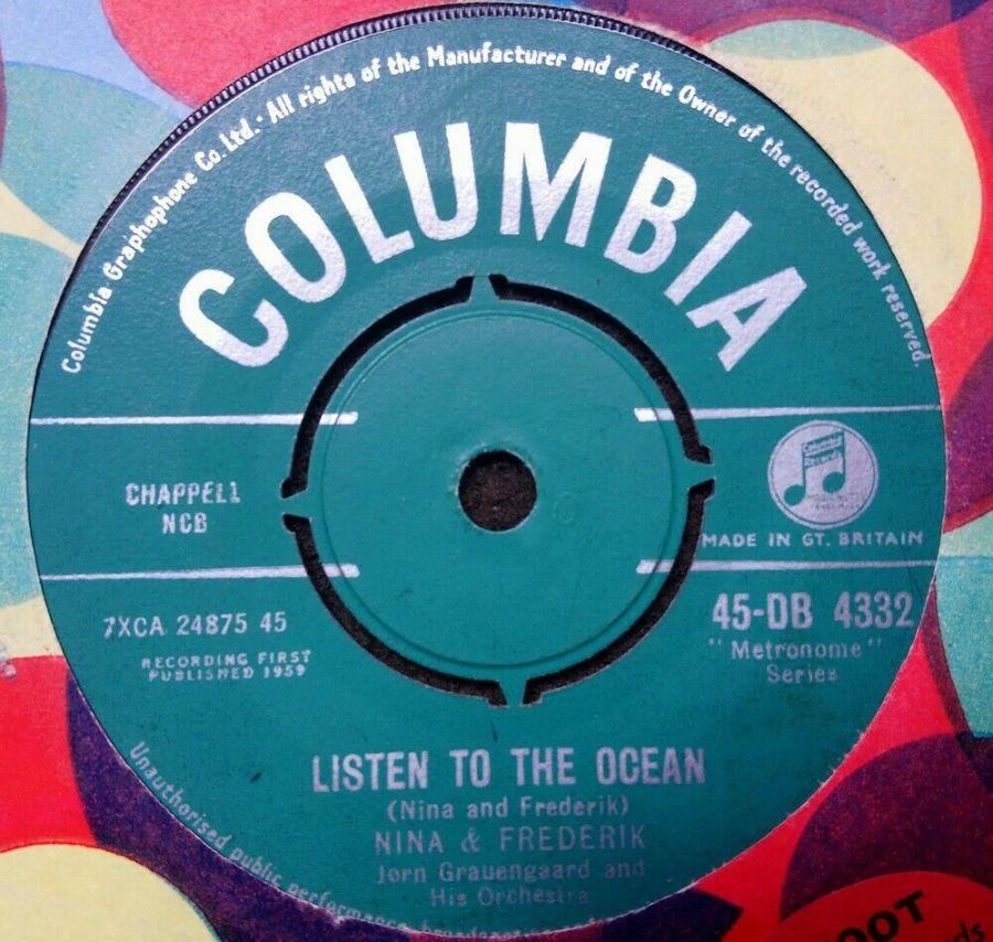 Nina & Frederik - Listen To The Ocean - Vinyl Record 7