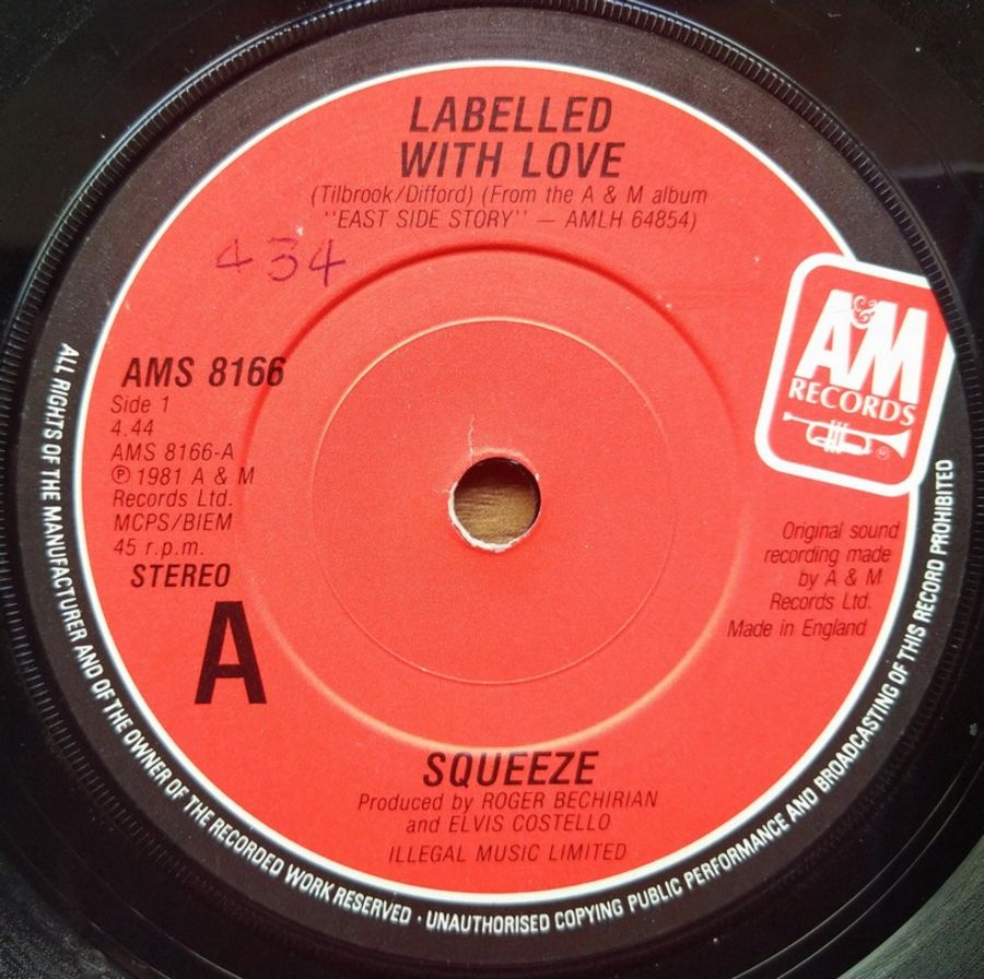 Squeeze - Labelled With Love - Vinyl Record - 45 RPM ( SO )