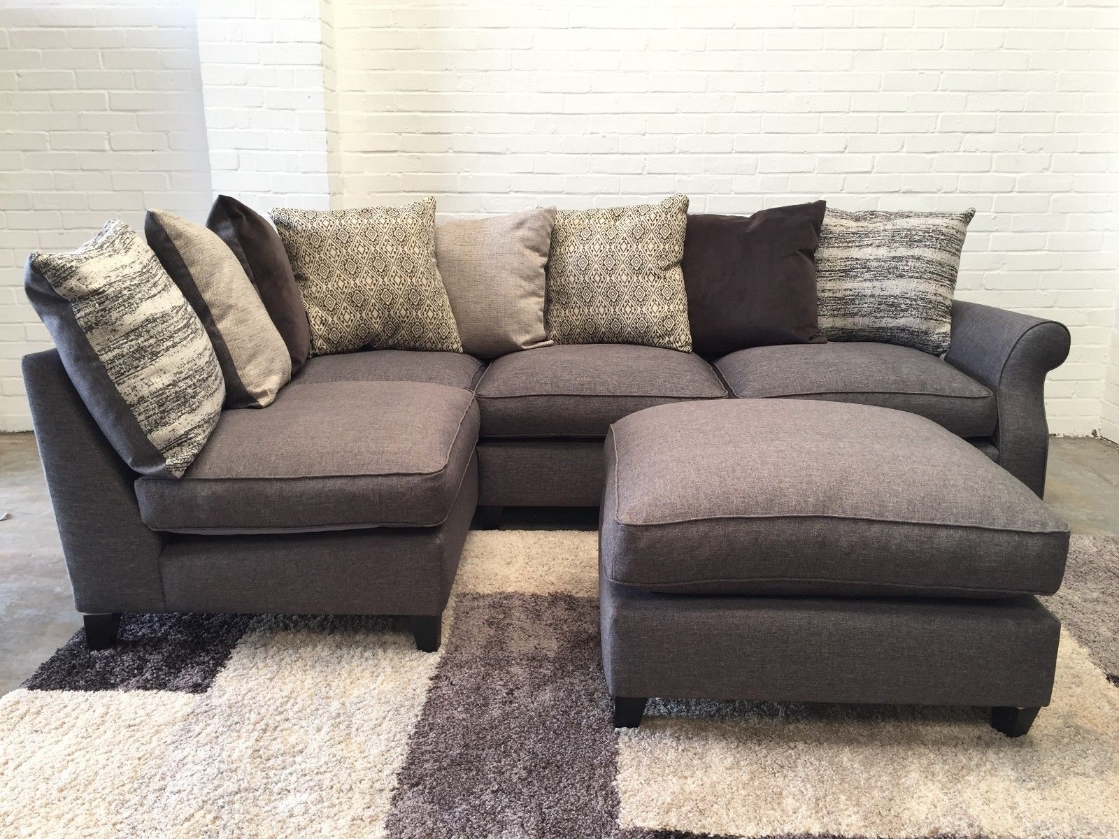 Ex Display/Showroom Small Grey Corner Sofa+Footstool Part 82