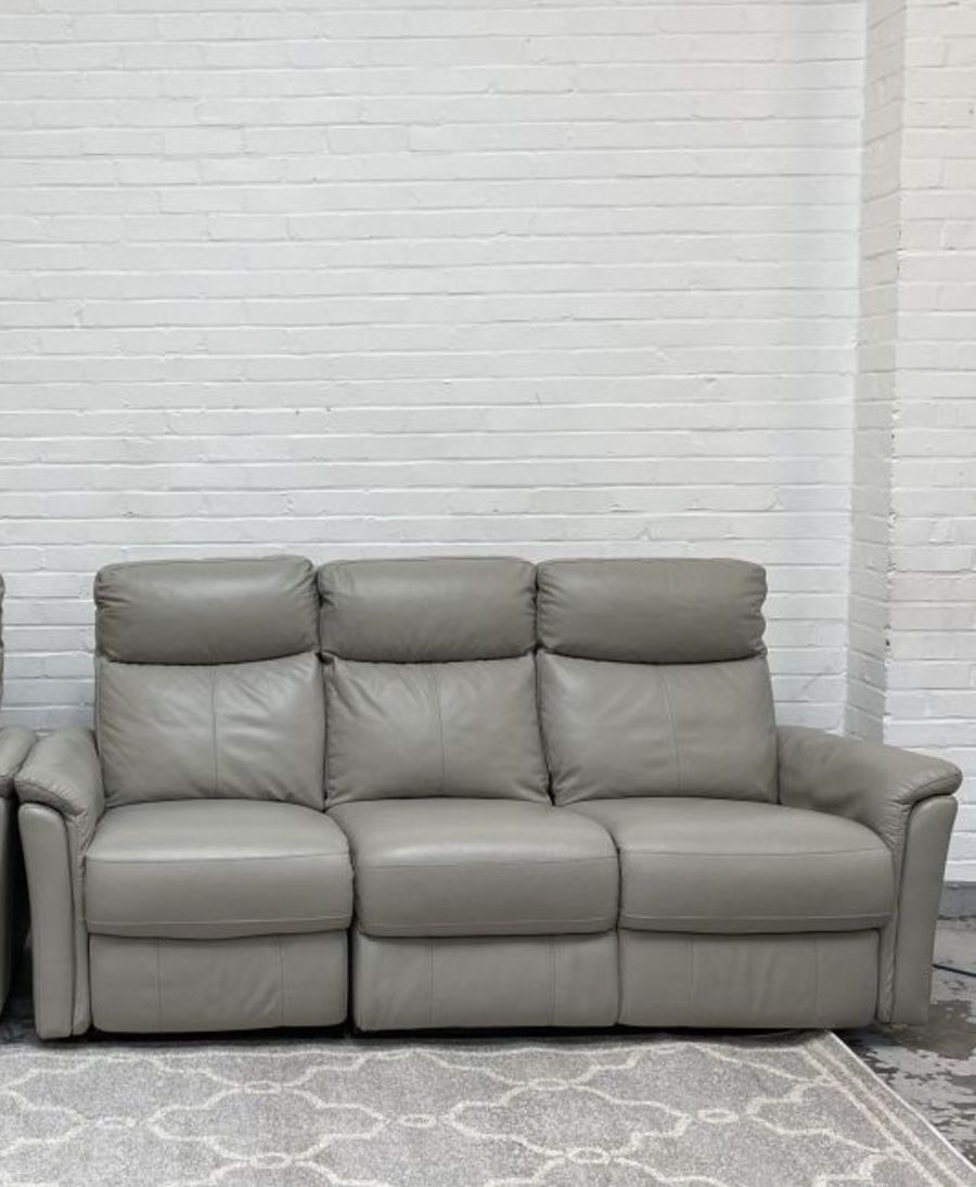 Compact Collection Piccolo 3 Seater Recliner Sofa+2 Seater Static (non recliner)Sofa RRP £3210