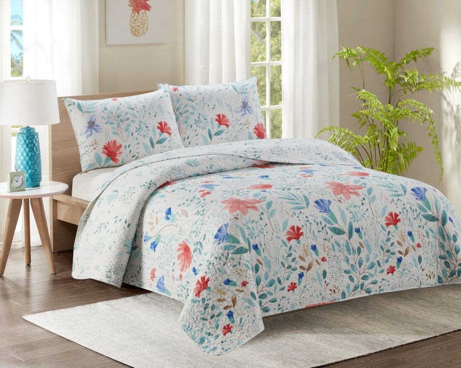Blue Floral Double Bed Quilted Bedspread