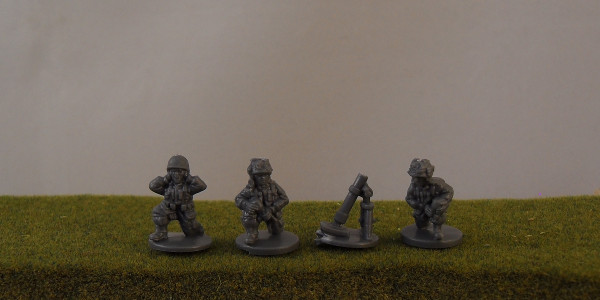 US Paratrooper 60mm Mortar Team