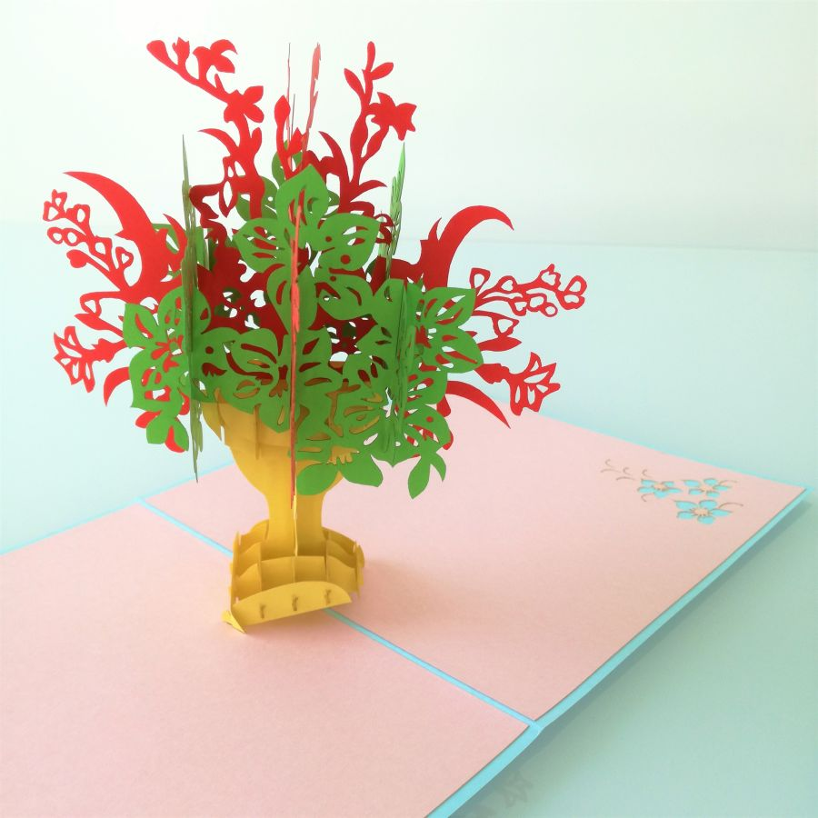 Red Ornate Bouquet Pop Up Card