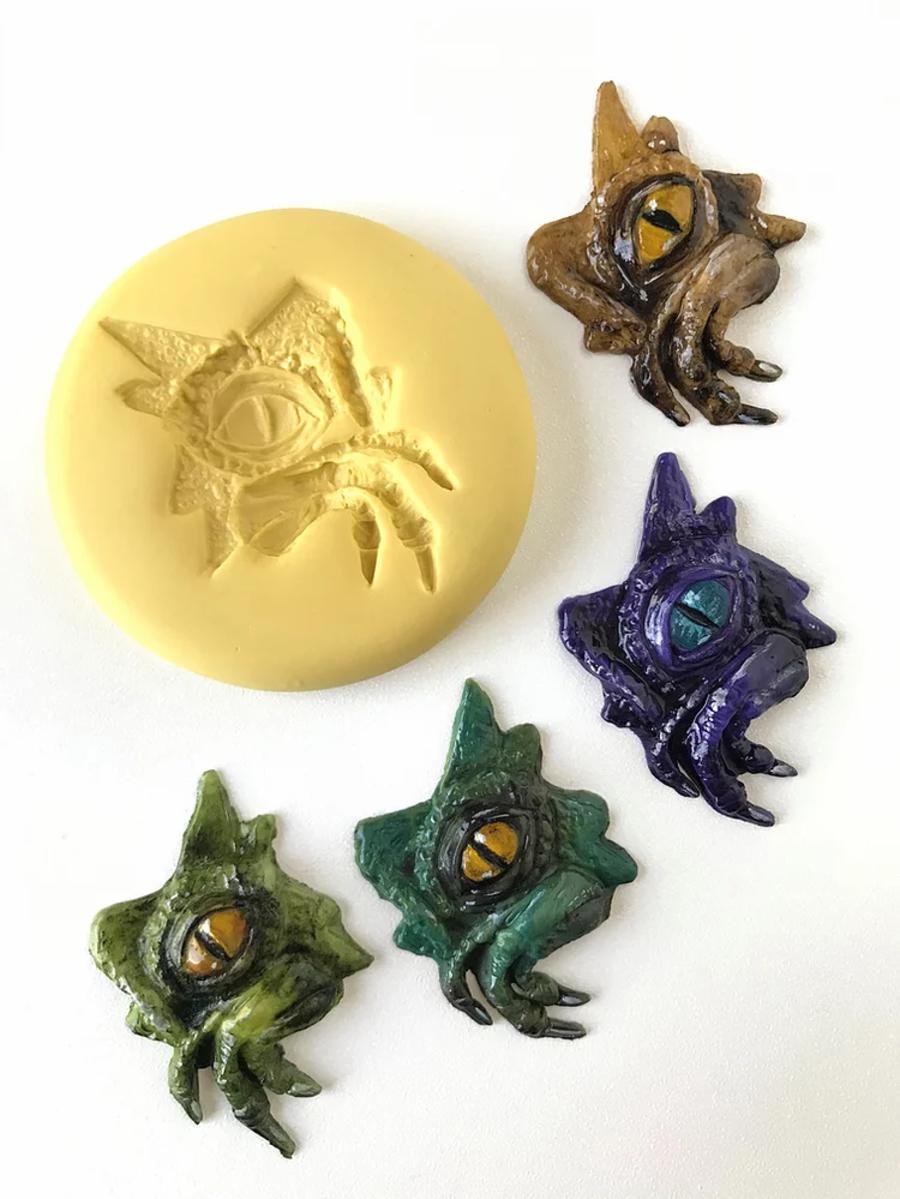 Dinosaur Eye Mould