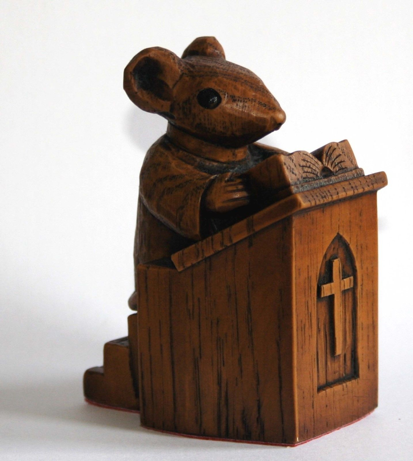 Church Mouse Ornament: Preacher in The Pulpit