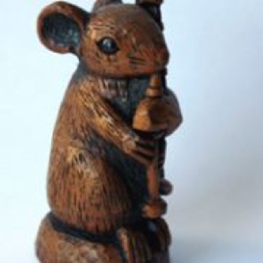 Church Mouse Ornament Musician playing the Bagpipes