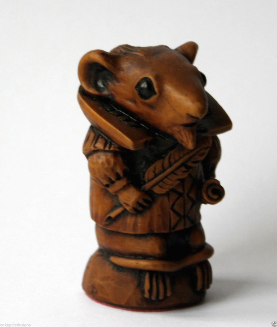 Church Mouse Figurine William Shakespeare