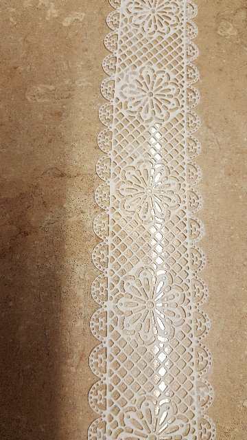 Long Daisy Strip Lace Ready Made