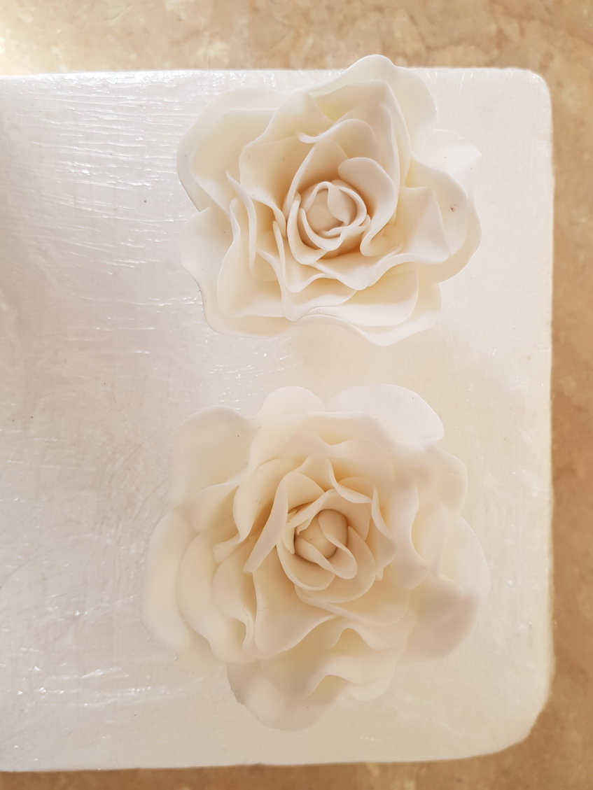 Roses hand made cake or cupcake topper