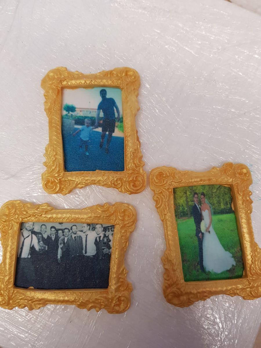 Gumpaste Picture frames x 3 gold, own photos