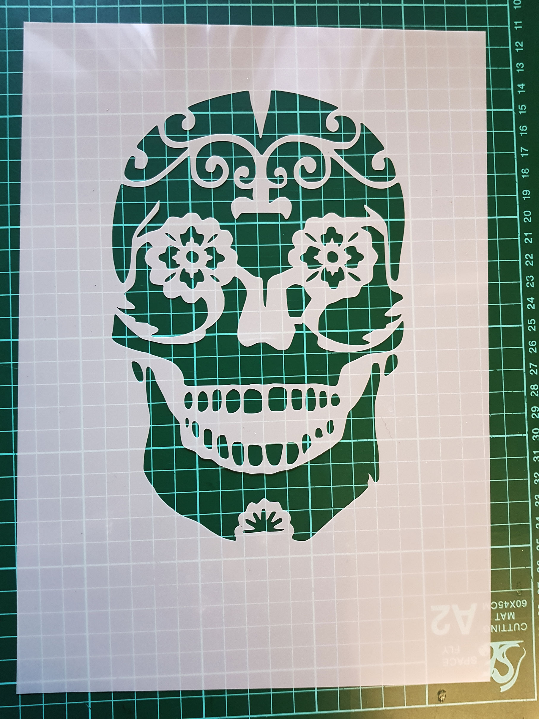 Day of the dead skull stencil