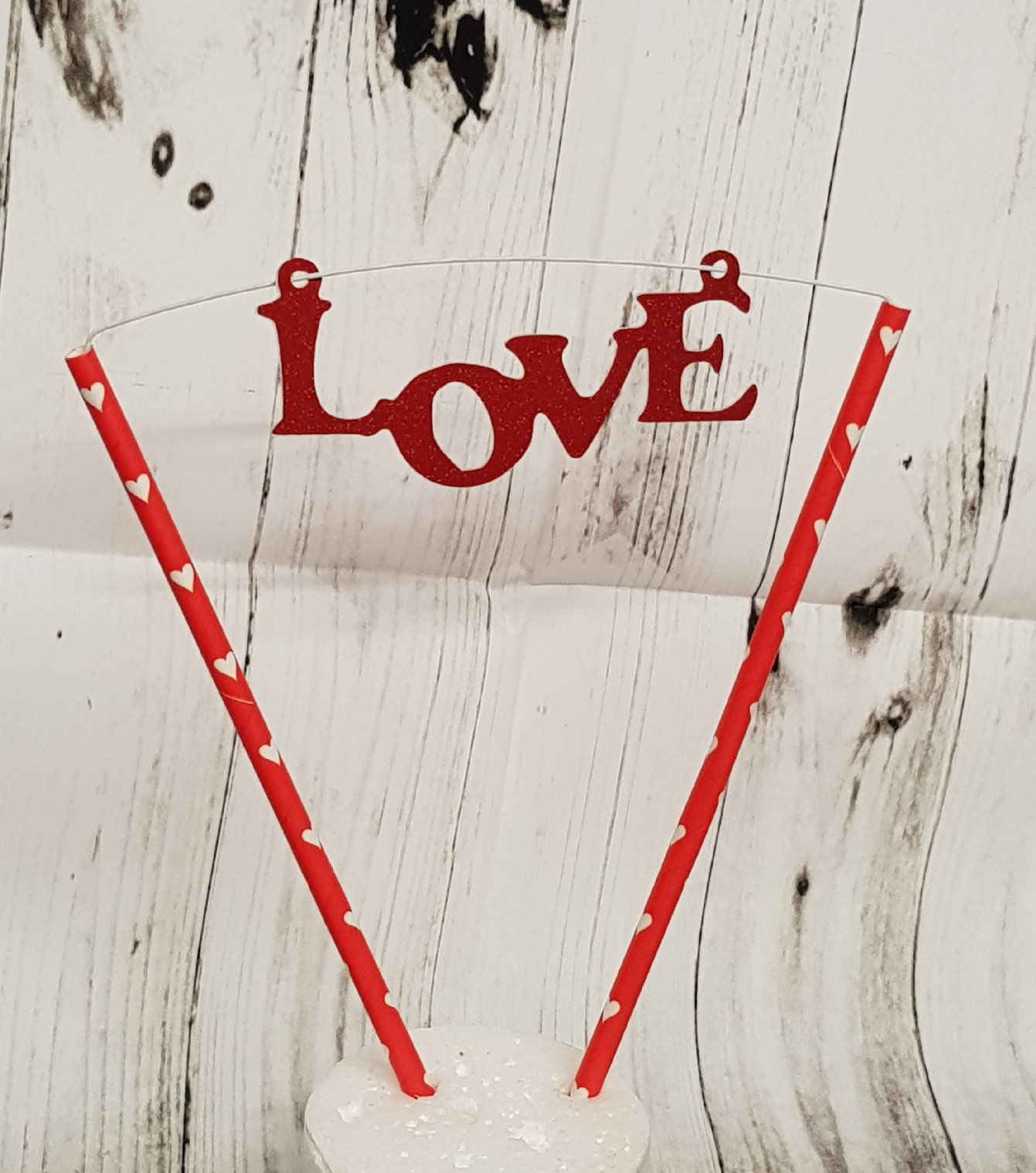 Love stand up straws cake topper