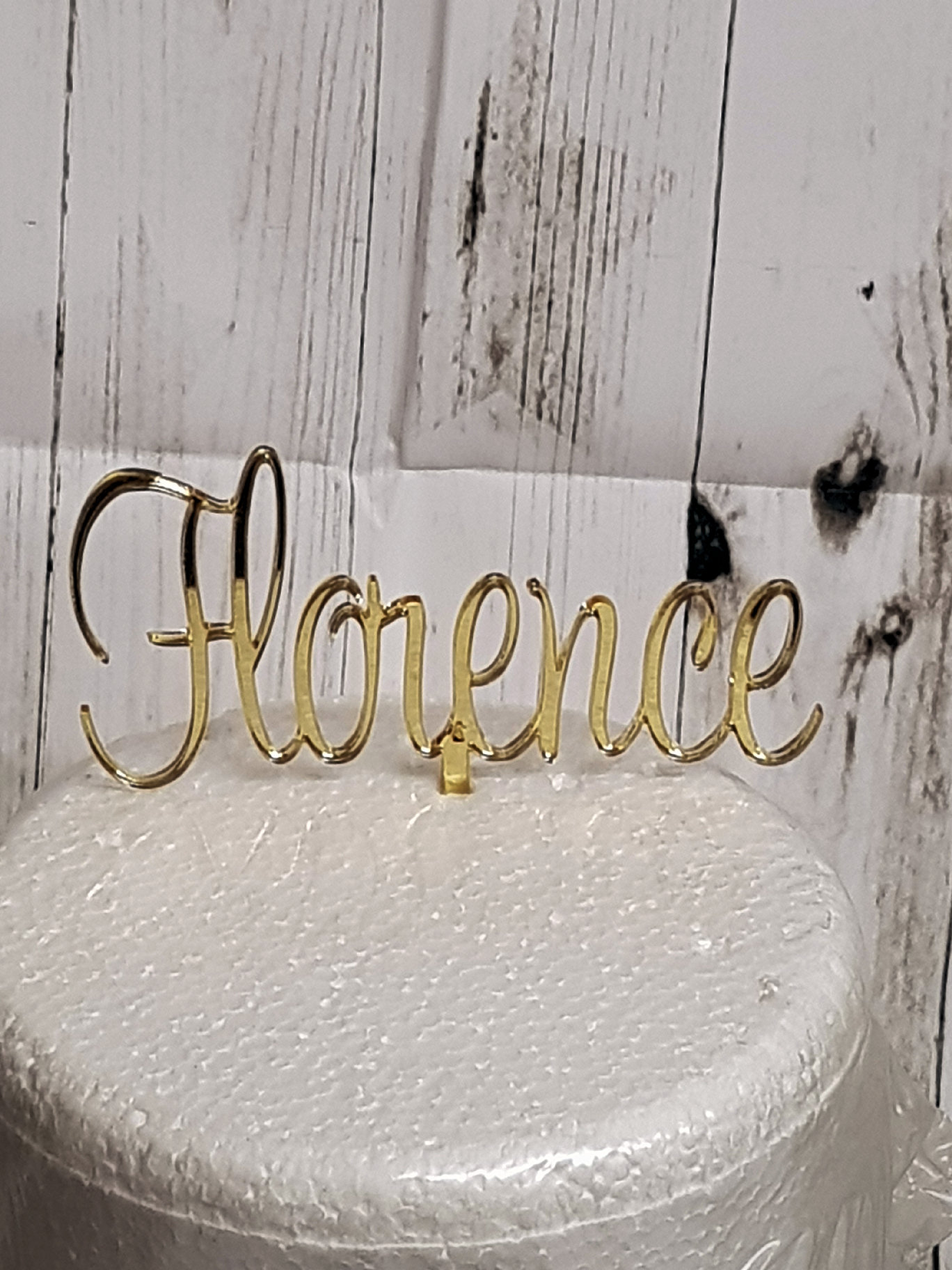 Name acrylic cake topper_Painter