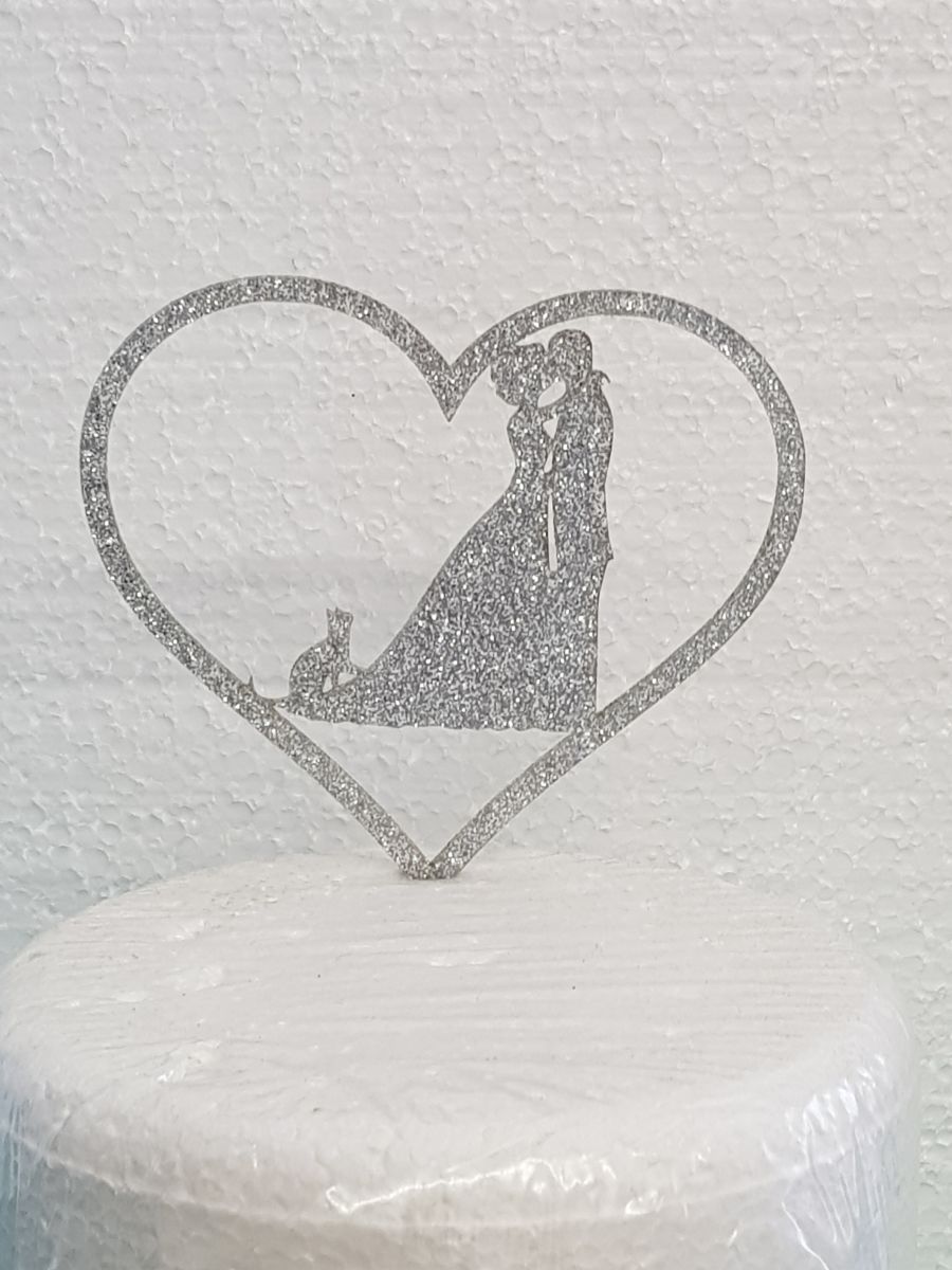 Mr & Mrs with a cat in a heart acrylic cake topper