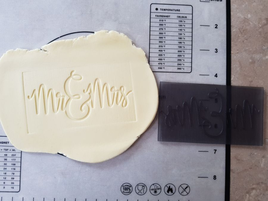 Mr & Mrs acrylic stamp into fondant