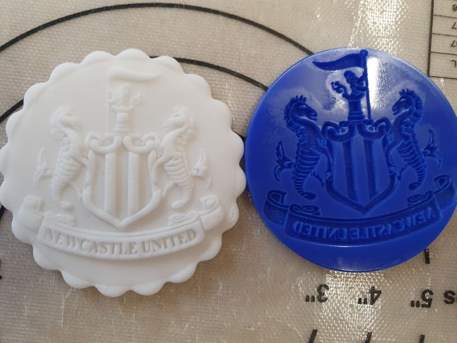 Newcastle LFC crest acrylic stamp for fondant