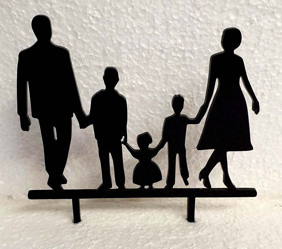 Mr & Mrs with 2 boys and a baby girl acrylic topper
