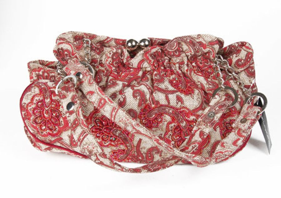 Boho tapestry look carpet bag red and beige clasp roomy bag