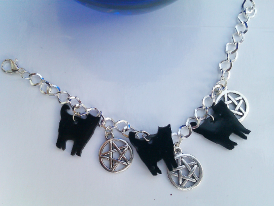 Black Cat Pentagram Charm Bracelet Witchy