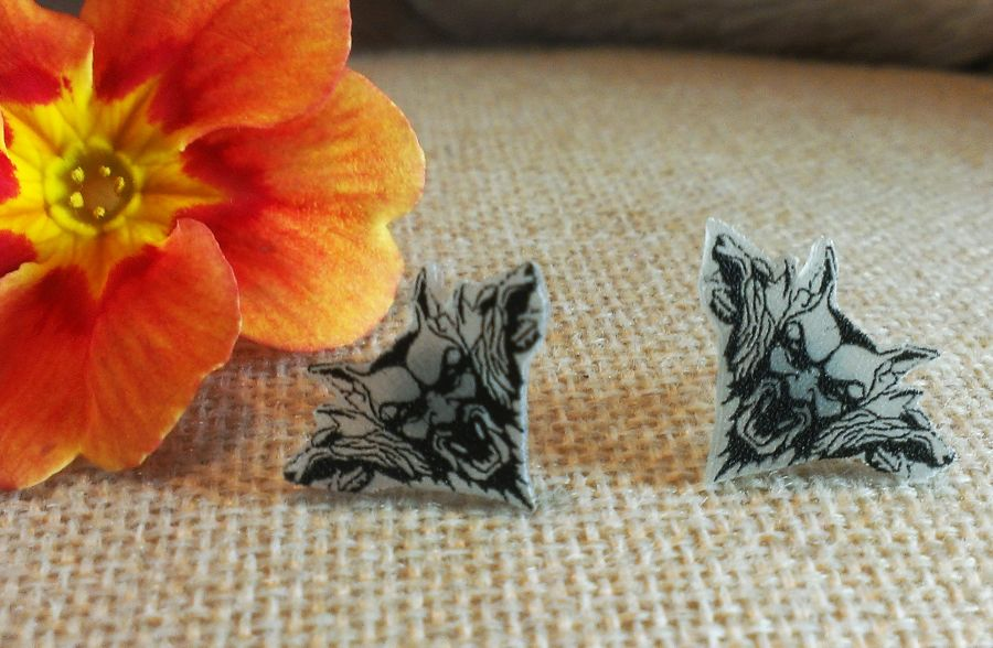 Dracula Stud Earrings