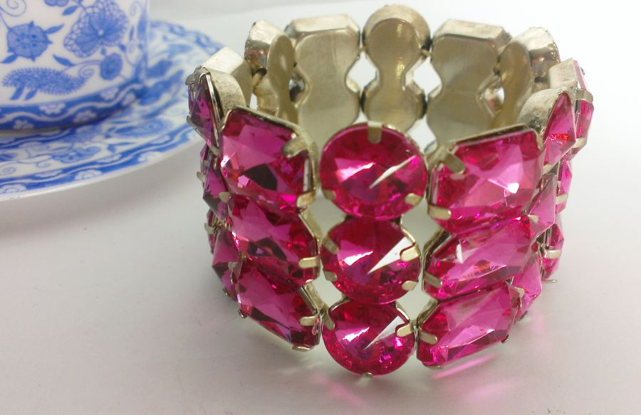 Cuff Choose from Red or Pink