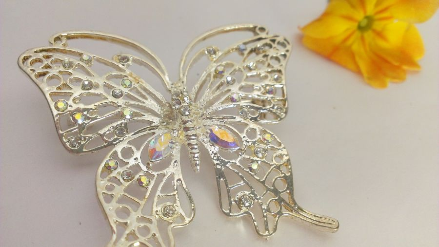 Butterfly brooches choice of 3 pink/clear/blue crystal