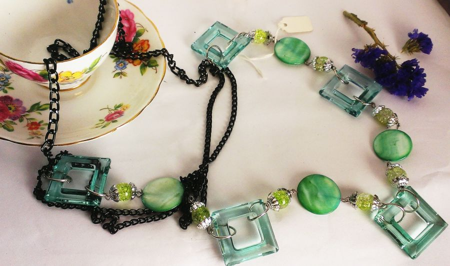 Green Retro Necklace