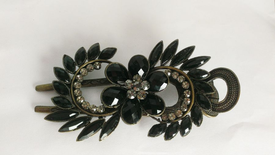 Gothic Black Flower Crystal Hair Barrett Clip