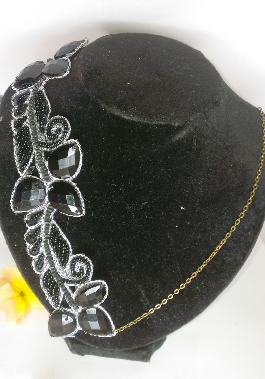 Black Chain Applique Design Necklace