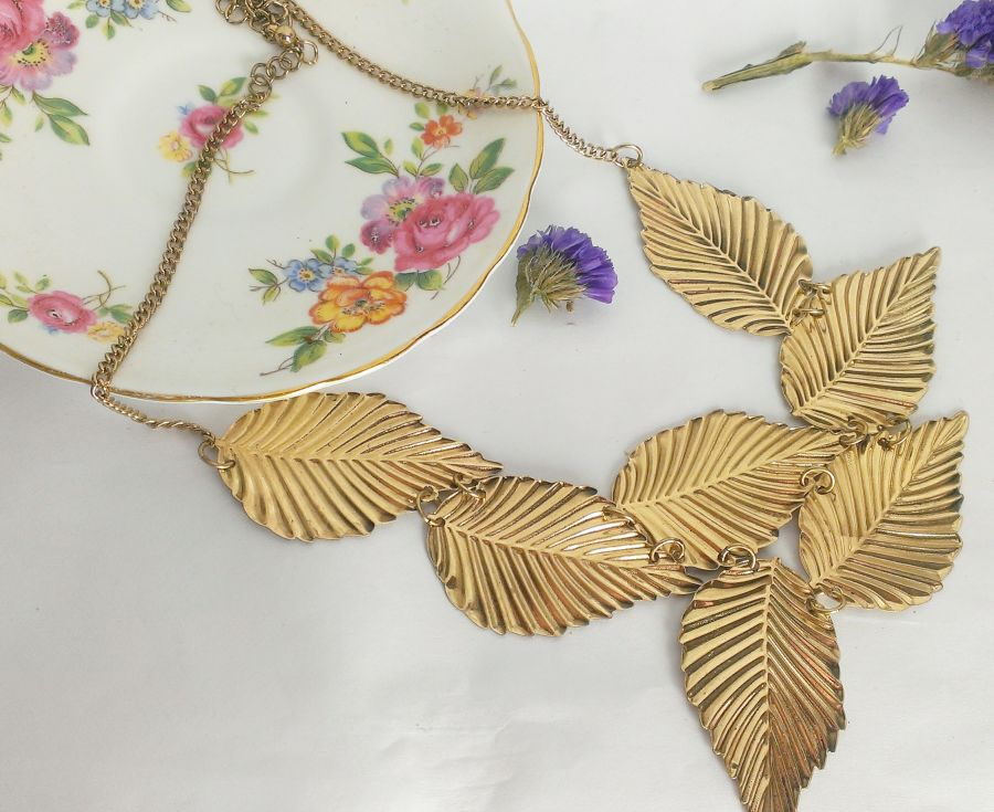 Antique Gold Leaf Necklace Vintage Look
