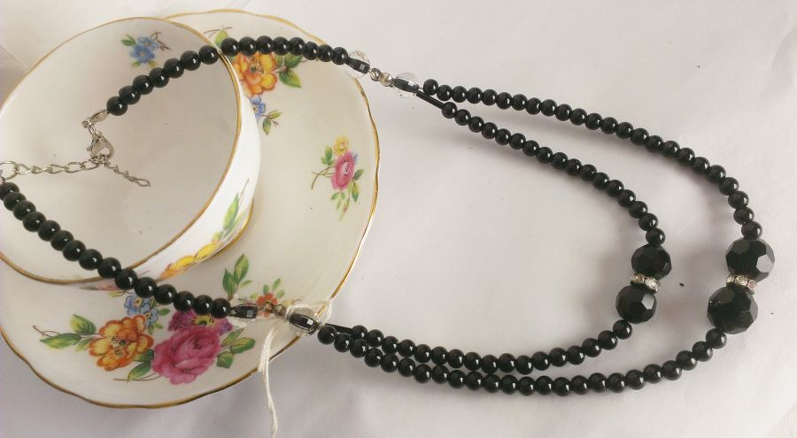 Vintage Vibe Black Beaded And Crystal Collar Necklace