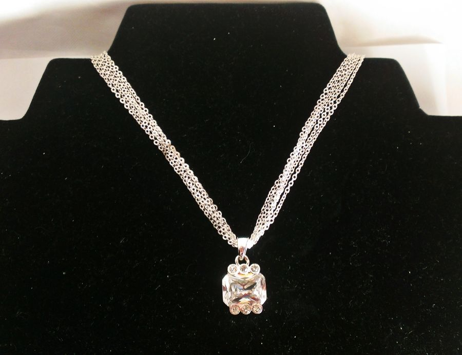 Crystal Chain Pendant
