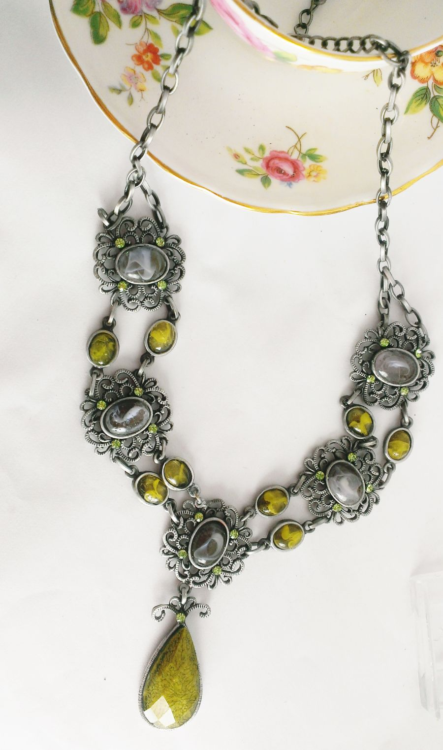 Green And Grey Vintage Victorian Look Necklace Earring Set