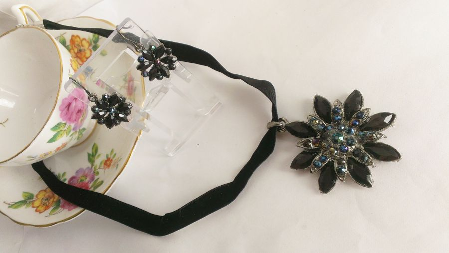 Gothic Victorian Black Flower Velvet Pendant and Earring Set