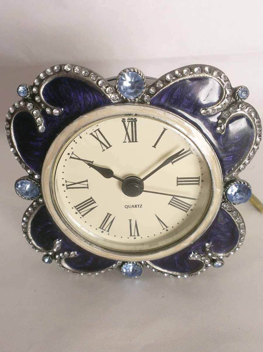 Gothic Victorian Look Quartz Movement Clocks