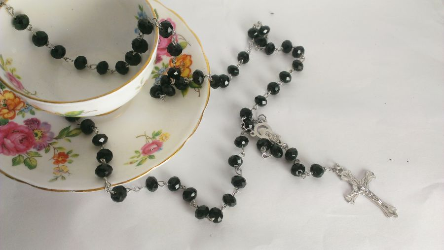 Black Beaded Crystal Rosary Necklace Cross