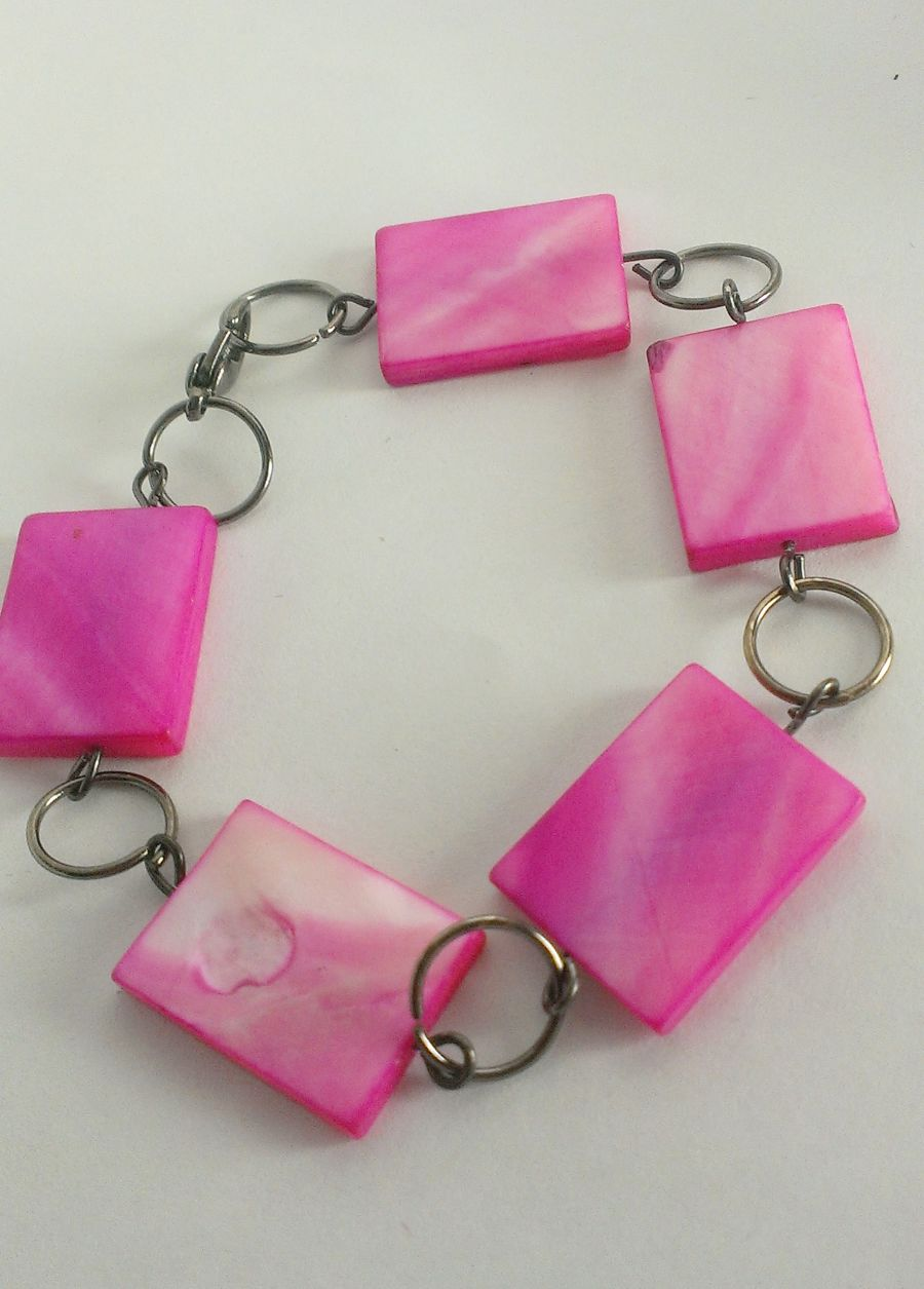 Cerise Mother Of Pearl Bracelet
