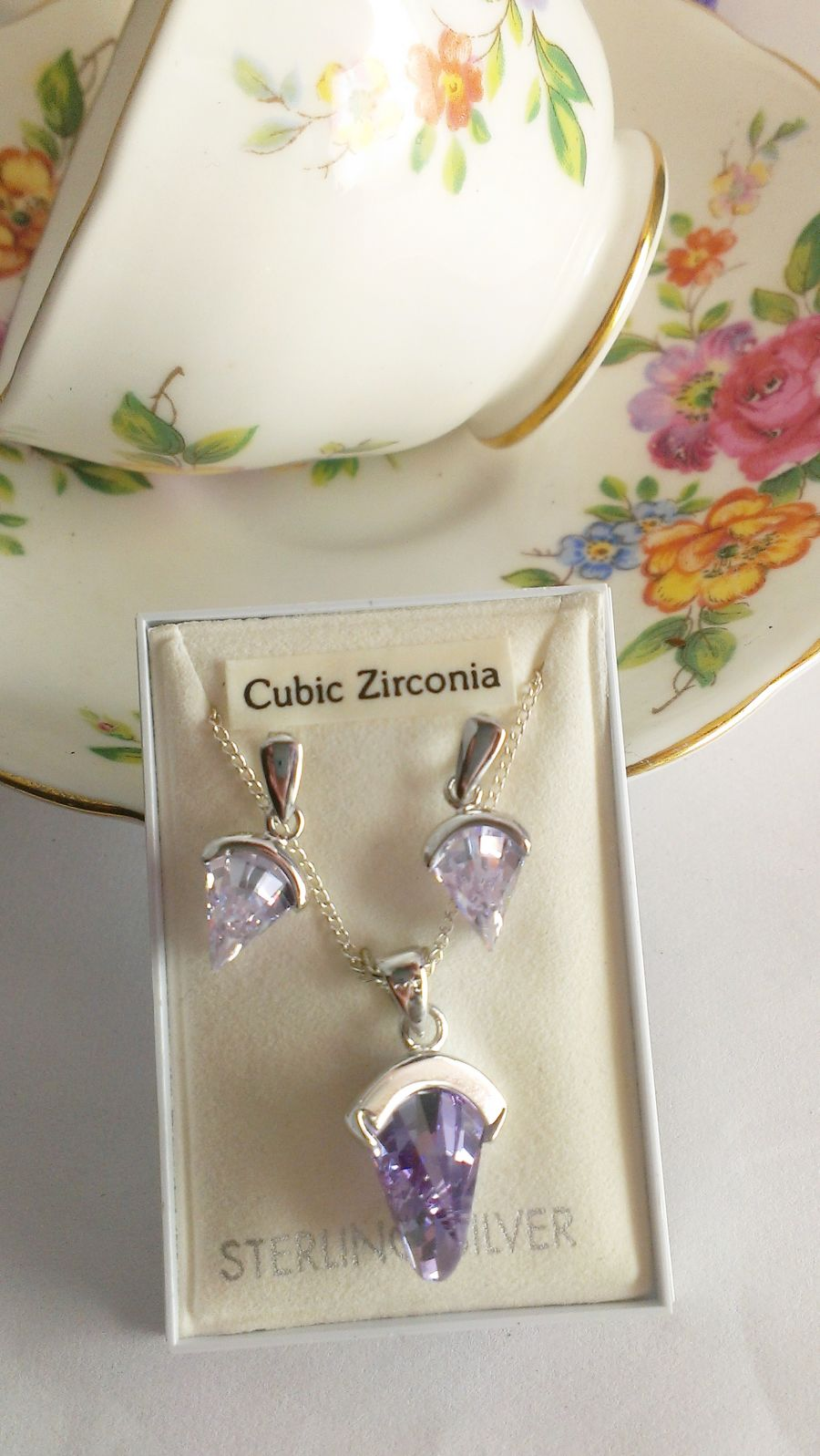 Lilac Faceted Cubic Zirconia Sterling Silver Pendant Earring Set