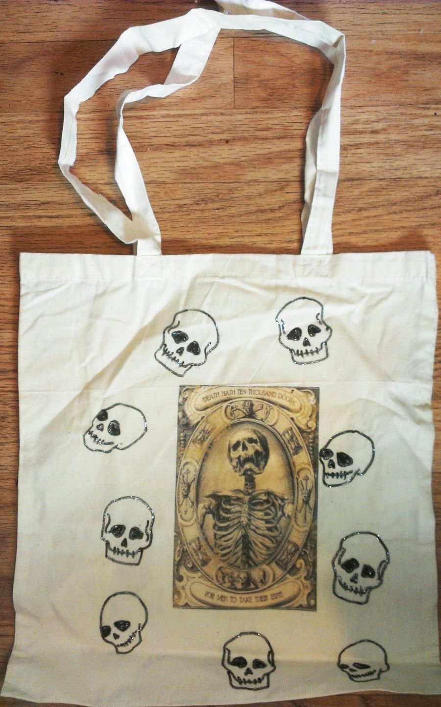 Death hath ten thousand doors skull bag
