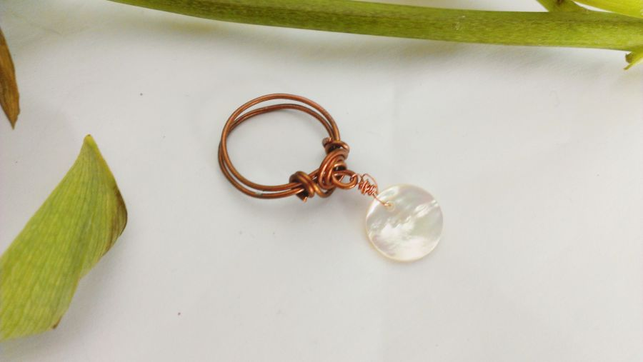 Summer Vibes Round Mother Of Pearl Copper Charm Ring size P