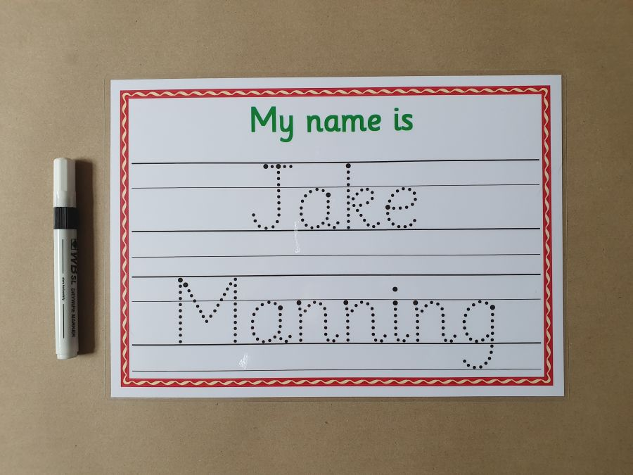 NEW Name tracing card with guidance lines