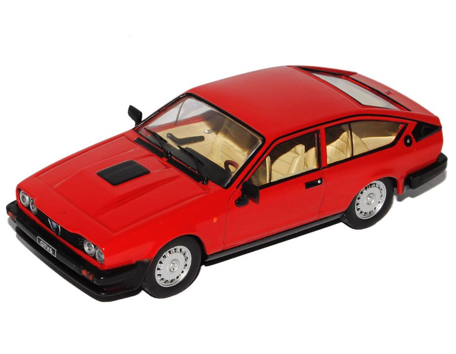1/43 Alfa Romeo GTV 6, red, 1985