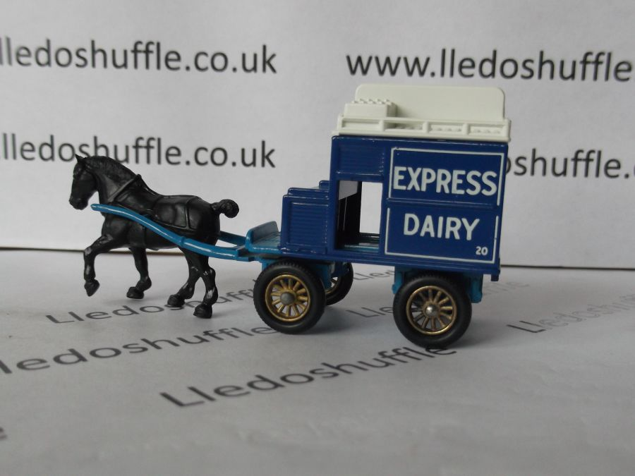 DG02000, Horse Drawn Milk Float, Express Dairy with Body Line